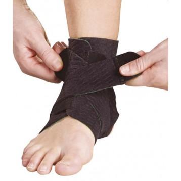 Cavigliera regolabile con bendaggio funzionale