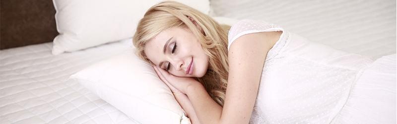 Come dormire con un supporto per la schiena